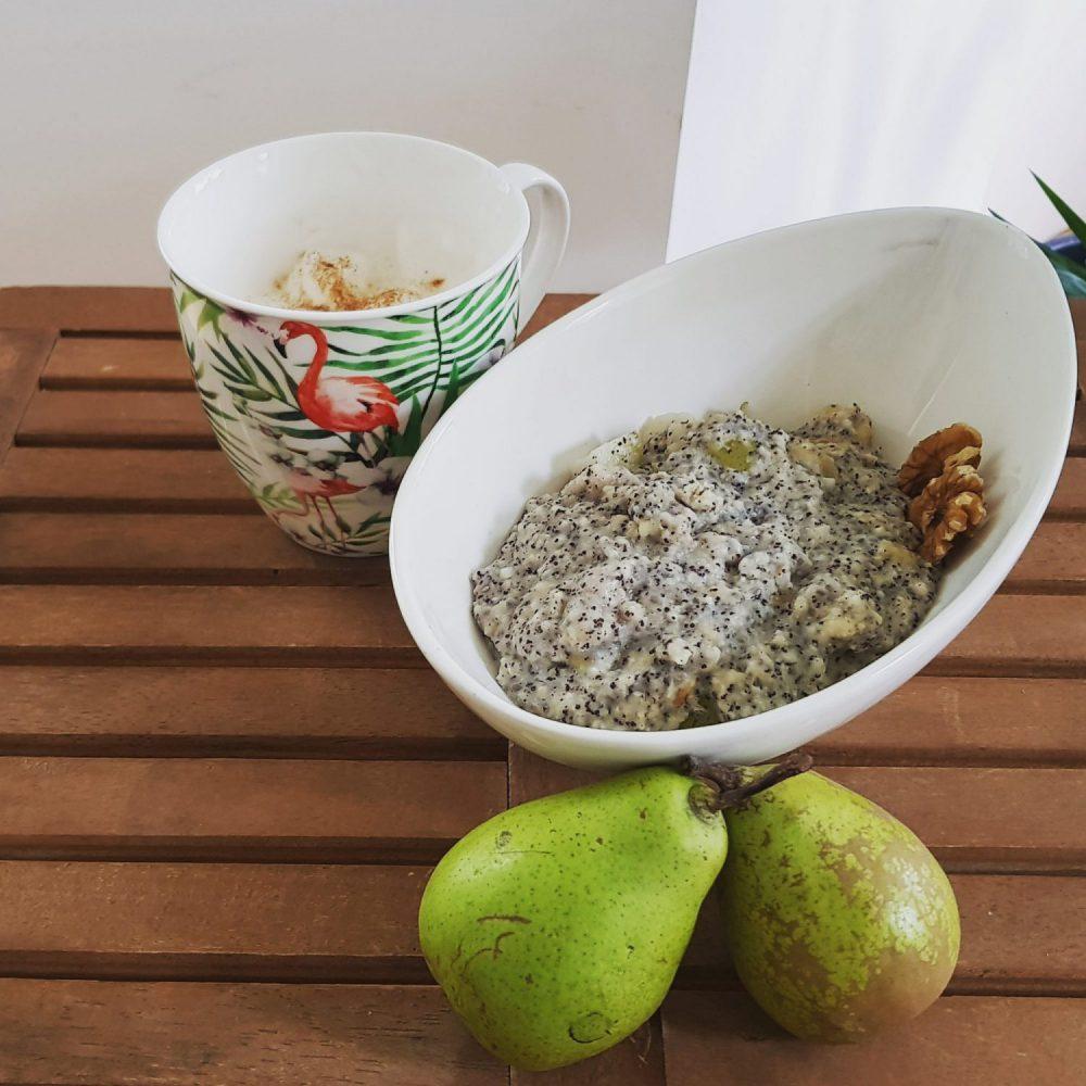 Birnen-Mohn-Porridge